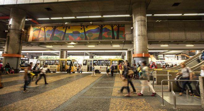 Passageiros e moradores da região do Terminal Itaquera estão assustados