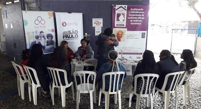 Terminal recebe evento de conscientização contra agressões à mulher