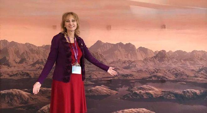 Titã, a maior lua de Saturno, e a Terra têm uma geologia muito parecida