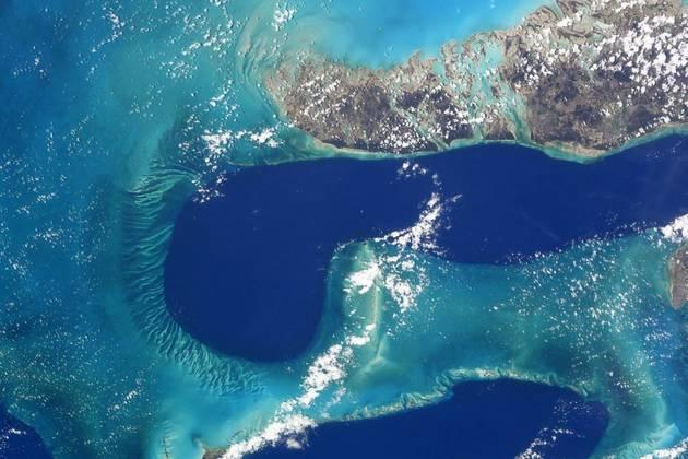 Ele é um dos integrantes da missão Crew-1, da Nasa, a agência espacial norte-americana, em parceria com a Space X, empresa do bilionário Elon Musk, e, desde novembro de 2020, ocupa a Estação Espacial,situada na órbita da TerraLocal: Ilhas Bahamas