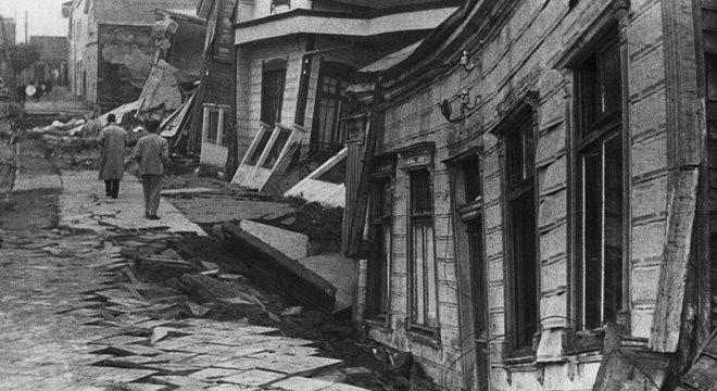 Terremoto liberou energia equivalente a 200 mil bombas de Hiroshima