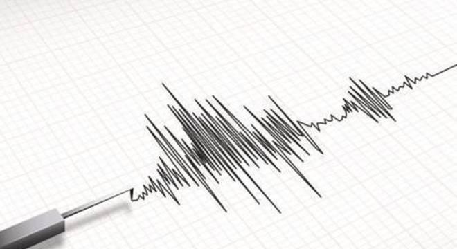 Tremor atingiu a ilha de Celebes e um alerta de tsunami foi emitido