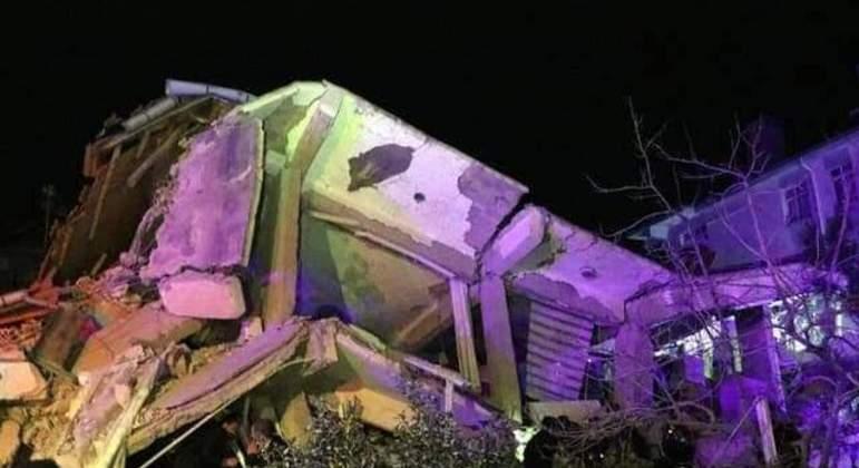 Terremoto de 7 graus atingiu a Filipinas na manhã desta quinta-feira (21)