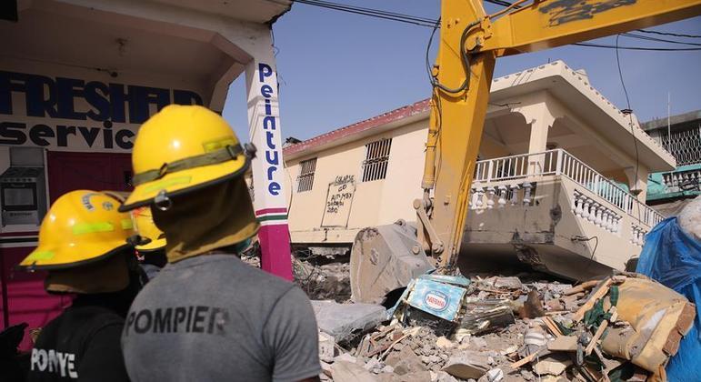 Terremotos de agosto causaram mais de 2.200 mortos no Haiti