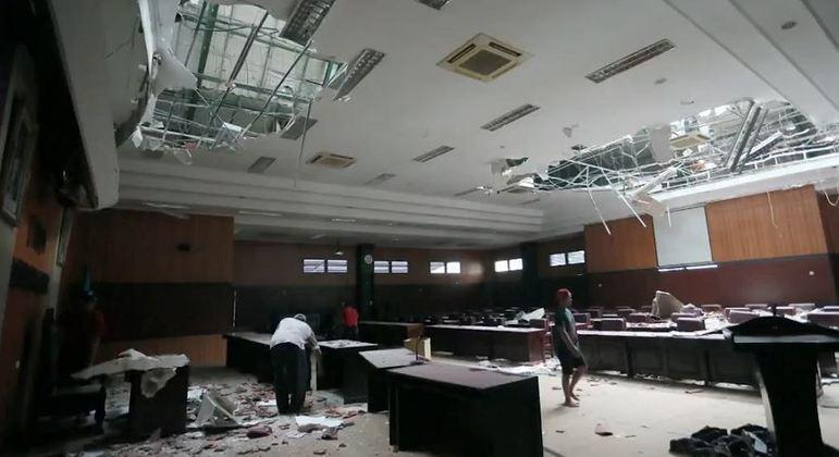 Ao menos seis pessoas morrem em terremoto na Indonésia