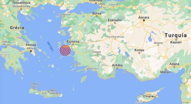 Epicentro do terremoto foi no mar Egeu próximo da cidade turca Esmirna