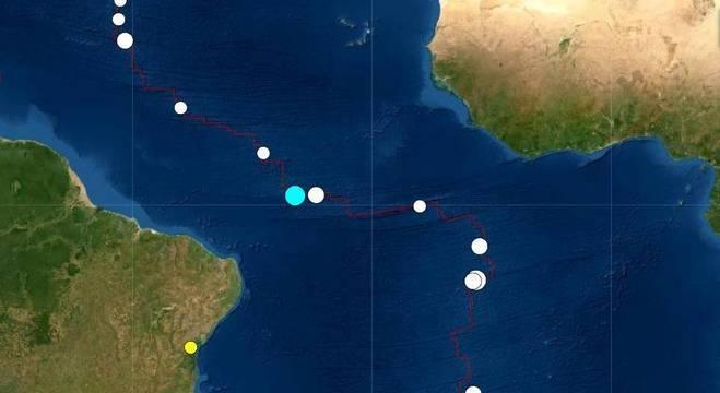 Mapa mostra intensa atividade sísmica na dorsal meso-oceânica, nos últimos 30 dias