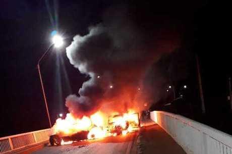 Barricada em chamas, em Bacabal (MA)