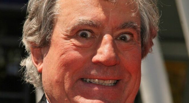 Terry Jones, co-fundador de Monty Python, morre aos 77 anos