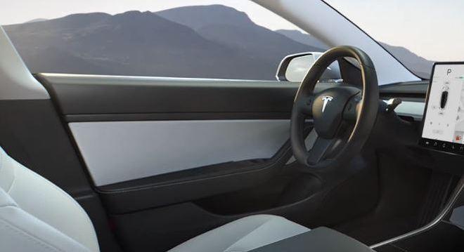 Interior do Model 3 da Tesla não terá itens recobertos com couro animal