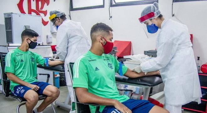 Jogadores que enfrentaram o Palmeiras também devem ser testados