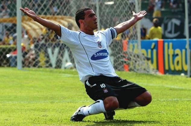 Tevez é o quarto estrangeiro que mais atuou pelo Corinthians, com seus 78 jogos