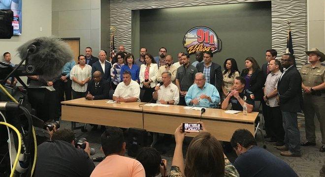 Governador do Texas e outras autoridades falaram sobre o ataque