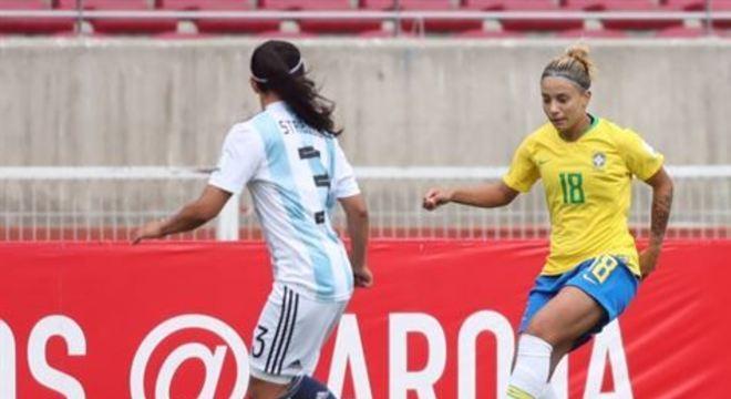 Thaisinha era a grande promessa do futebol brasileiro em 2012, mas caiu de produção nos últimos anos