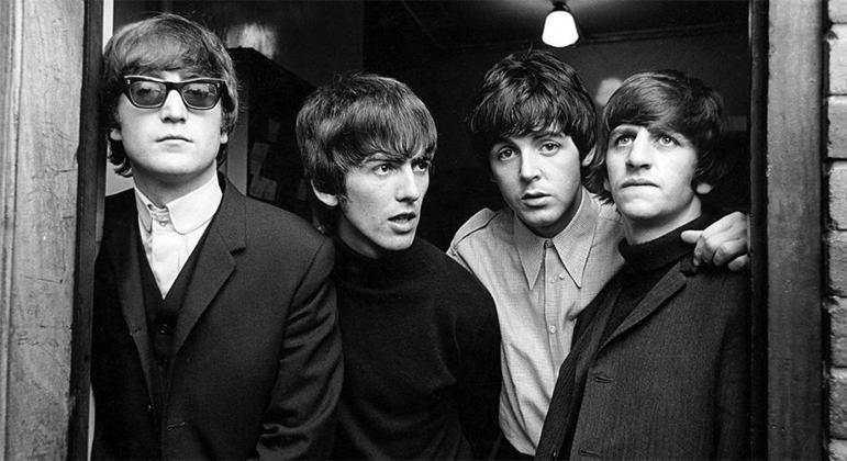 John Lennon, George Harrison, Paul McCartney e Ringo Starr