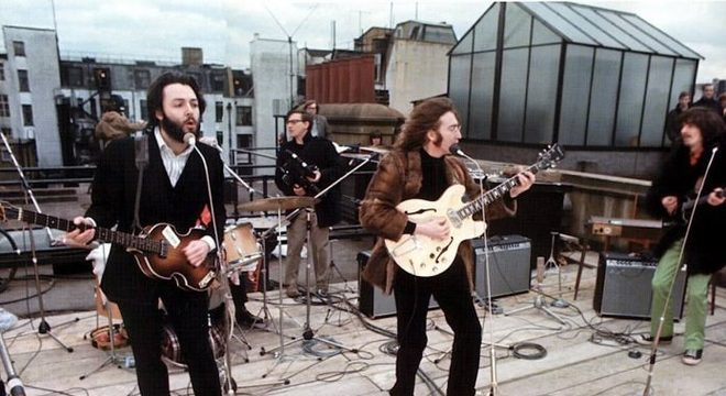 The Beatles no rooftop da Apple