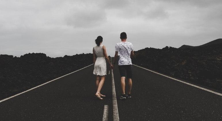 Descubra quais são os passos para reconquistar a confiança na relação