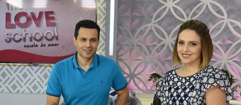 Renato e Cristiane Cardoso comandam o The Love School deste sábado (19)