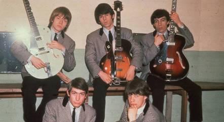 Os Stones antes de abandonarem os terninhos em 1964