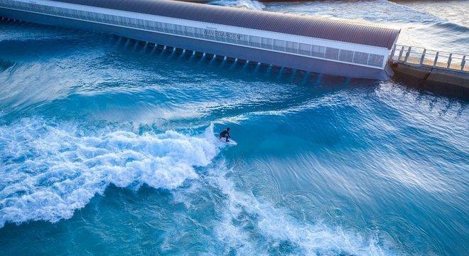 Parque The Wave custou 26 milhões de libras