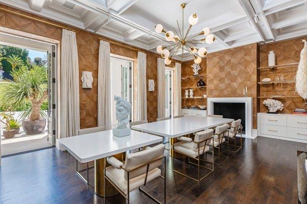 O valor impressionante da mansão fez com que esse fosse um dos negócios imobiliários mais rentáveis do ano até o momento em Los Angeles