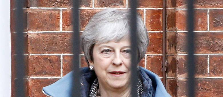 Pressão para deixar a União Europeia sem acordo ou convocar uma eleição