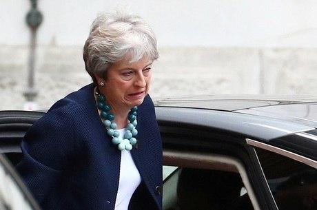 Reino Unido deve deixar a UE em 29 de março de 2019