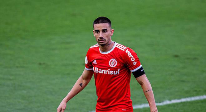 Thiago Galhardo, do Internacional, vive expectativa de estrear pela seleção