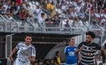 Com bom estadual pelo time de Bragança, ele foi mais uma vez emprestado, desta vez para a Ponte Preta, em maio de 2016. Pela equipe, ele chegou a fazer gols mas também teve oscilações, assim não se firmou no time titular