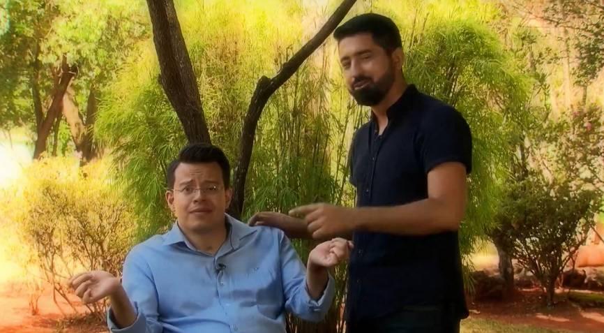 Thiago Helton ao lado do repórter Gabriel Rodrigues da Record Tv Minas