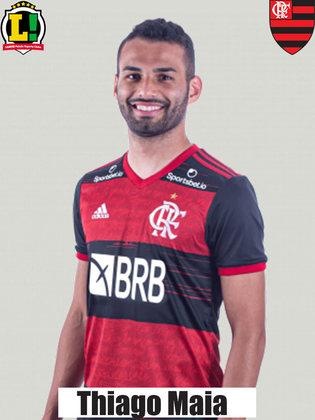 Thiago Maia - 6,5 - Deu bastante segurança à defesa rubro-negra e mostrou que tem tudo para ser titular da equipe. Além de se destacar nos desarmes, melhorou a qualidade da saída de bola e do primeiro passe do meio-campo do Flamengo.