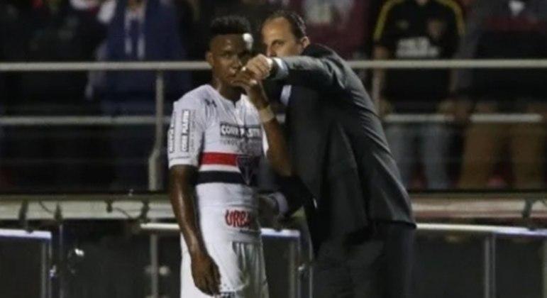 Thiago Mendes e Rogerio Ceni