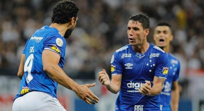 Fred, Thiago Neves, Egidio. Também deixaram o Cruzeiro em 2020