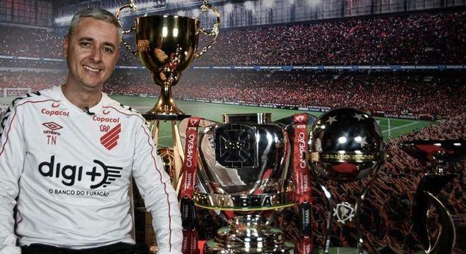 Tiago Nunes conquistou inúmeros títulos pelo Athletico Paranaense