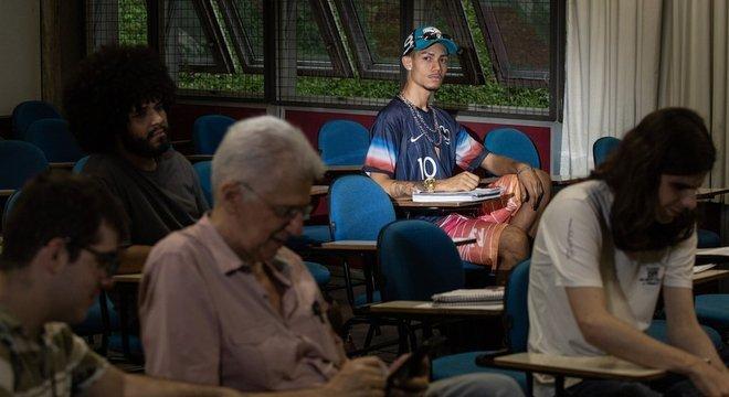 Thiago Torres em sala de aula da FFLCH, onde estuda Ciências Sociais
