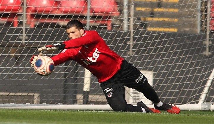 Thiago Volpi - o goleiro titular do São Paulo, de 30 anos, tem contrato com o clube até 31 de dezembro de 2023.