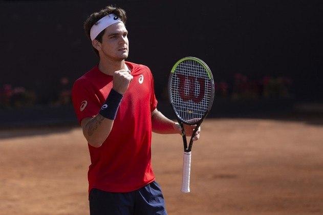 Thiago Wild, tenista brasileira que venceu o ATP 250 de Santiago, no Chile, testou positivo para coronavírus. Ele teve febre e se recuperou em casa.
