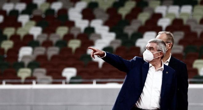 Thomas Bach visitou Estádio Nacional, em Tóquio e deu entrevista coletiva