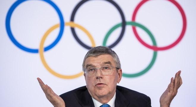 Thomas Bach, presidente do COI, não indicou quando serão Jogos