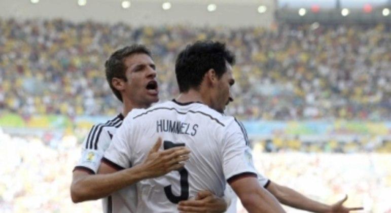 Thomas Müller e Mats Hummels - Alemanha x França