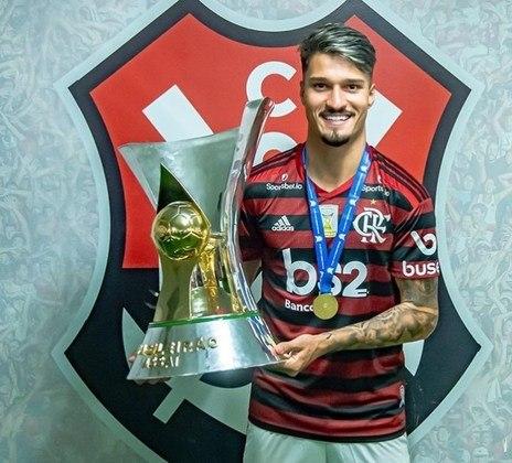 THULER - CONTRATO ATÉ: 14/07/2023 / Posição: zagueiro / Nascimento: 10/03/1999 (21 anos) / Jogos pelo Flamengo: 34 / Títulos pelo Flamengo: Carioca (2), Brasileiro, Libertadores, Supercopa do Brasil e Recopa Sul-Americana.