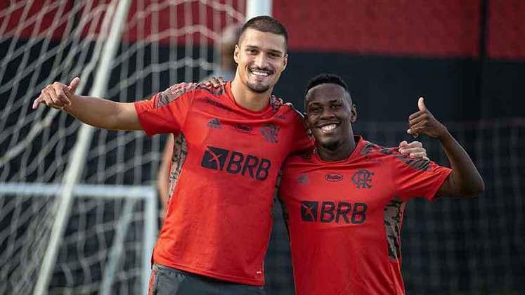 Thuler e Klebinho são dois dos exemplos de jogadores recentes que deixaram o Flamengo por empréstimo. Saiba por onde andam outros atletas que tem vínculo com o clube e possuem outros contratos mundo afora.