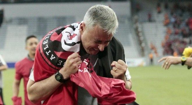 A identificação com o Athletico Paranaense é profunda e vitoriosa