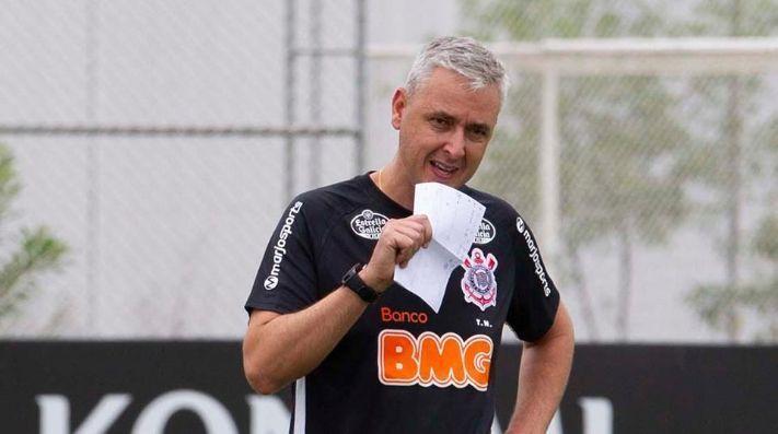Tiago Nunes recebeu a dura notícia de Andrés. Sem mais reforços em 2020