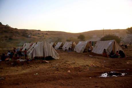 Civis fogem de conflito armado no Tigré