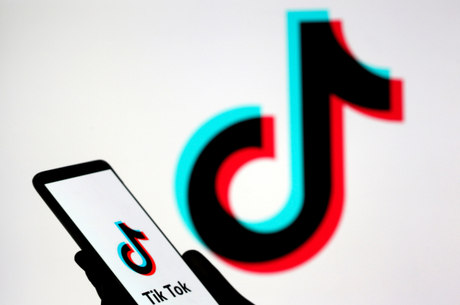Com milhares de usuários no mundo, o Tiktok permite a produção e edição de vídeos curtos