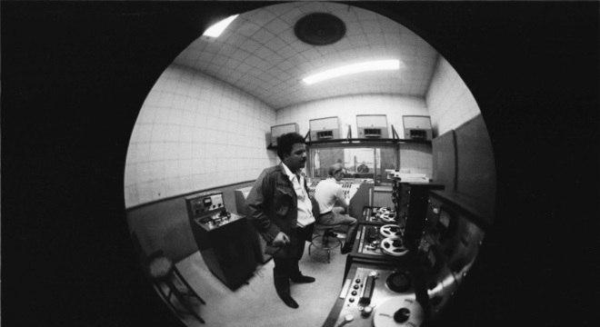 Tim Maia gravando seu primeiro e histórico disco, no Rio, em julho de 1970