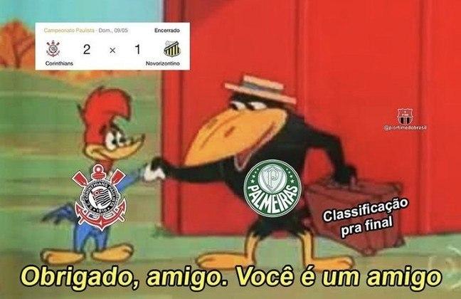 Time comandado por Vágner Mancini, que acabou ajudando o Palmeiras a se classificar para o mata-mata, perdeu por 2 a 0 na Neo Química Arena e os rivais não perdoaram nos memes. Confira na galeria! (Por Humor Esportivo)