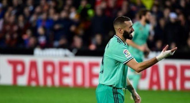 Time de Madrid desperdiçou a chance de ultrapassar o Barça, líder com os mesmos pontos, a três dias do 'Clásico'