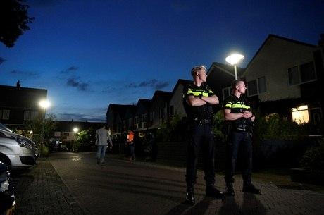 Policial matou dois filhos pequenos na Holanda